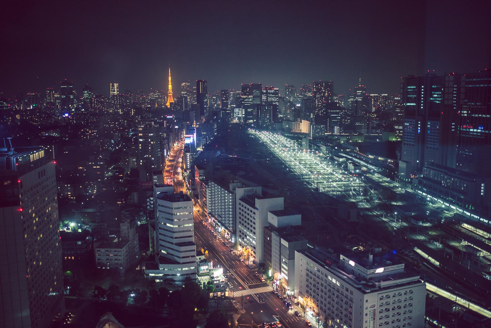 Vue de notre dernier hôtel, Tokyo de nuit